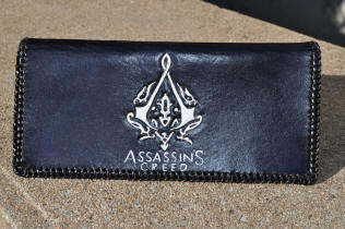 Porte-chéquier en cuir, logo Assassin's creed